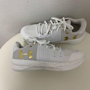 Women's Under Armour tennis shoes size 9